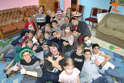 Репортаж о выездном зимнем лингвистическом лагере «Новогоднее путешествие по странам мира!»